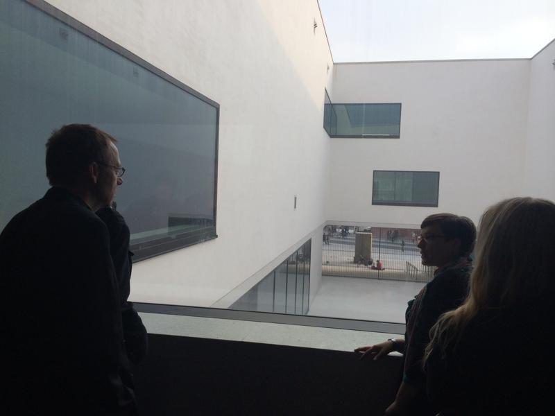 """Der Blick in den Innenhof. Mehr zur """"Architektur der Höfe"""": https://www.lwl.org/LWL/Kultur/LWL-Landesmuseum-Muenster/Blog/architektur-der-hoefe"""